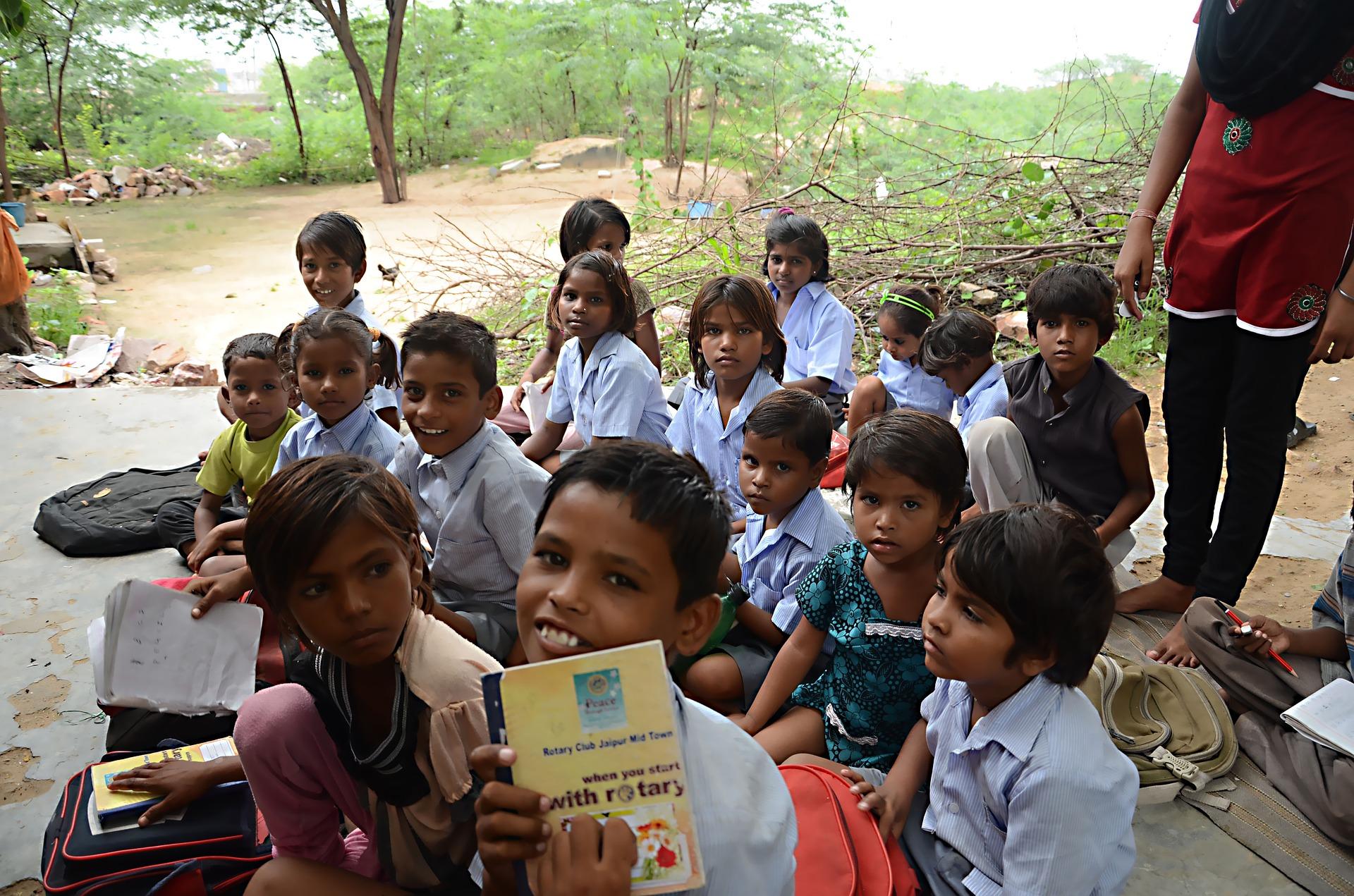 volunteering school expeditions asia